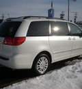 toyota sienna 2008 white van gasoline 6 cylinders all whee drive automatic 13502