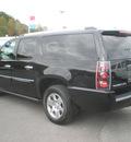 gmc yukon xl 2007 black suv denali gasoline 8 cylinders all whee drive automatic 13502