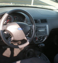 ford focus 2005 blue hatchback zx3 gasoline 4 cylinders front wheel drive automatic with overdrive 13502