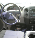 ford f 150 2005 white gasoline 8 cylinders 4 wheel drive automatic with overdrive 13502