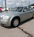 chrysler 300 2005 green sedan limited 4dr gasoline 6 cylinders rear wheel drive automatic 56301