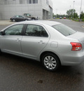 toyota yaris 2008 silver sedan gasoline 4 cylinders front wheel drive 5 speed manual 55448