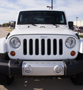 jeep wrangler 2011 white suv sahara gasoline 6 cylinders 4 wheel drive automatic with overdrive 76018