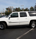 gmc yukon xl 2001 white suv 2500 slt gasoline 8 cylinders 4 wheel drive automatic with overdrive 07701