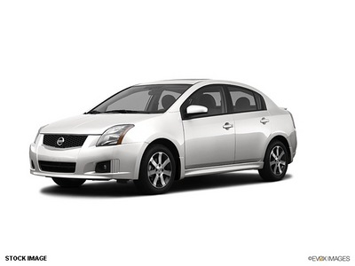 nissan sentra 2012 sedan 2 0 sr gasoline 4 cylinders front wheel drive cont  variable trans  56001