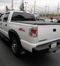 chevrolet s 10 2004 white ls gasoline 6 cylinders 4 wheel drive automatic 45005