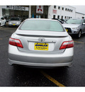 toyota camry 2008 classic silver sedan se v6 gasoline 6 cylinders front wheel drive automatic 07724