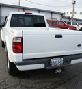 ford ranger 2004 white edge 2wd gasoline 6 cylinders rear wheel drive 5 speed manual 98371