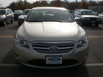ford taurus 2010 tan sedan limited gasoline 6 cylinders front wheel drive automatic 13502