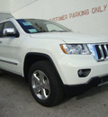 jeep grand cherokee 2012 white suv limited gasoline 6 cylinders 2 wheel drive automatic 33157
