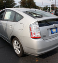 toyota prius 2007 classic silver hatchback hybrid 4 cylinders front wheel drive automatic 07701