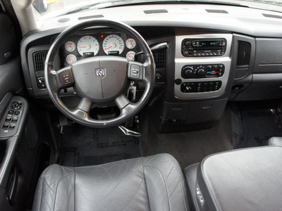 dodge ram pickup 2500 2004 white laramie hd 4x4 hemi gasoline 8 cylinders 4 wheel drive automatic 98371