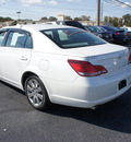 toyota avalon 2005 off white sedan xls gasoline 6 cylinders front wheel drive automatic 08753