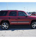 chevrolet tahoe 2004 dk  red suv gasoline 8 cylinders rear wheel drive automatic 77388