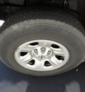 nissan titan 2007 gray le gasoline 8 cylinders 4 wheel drive automatic 45005