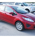 ford fiesta 2012 red hatchback se gasoline 4 cylinders front wheel drive automatic 77388