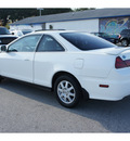 honda accord 2002 white coupe se gasoline 4 cylinders front wheel drive automatic 77388