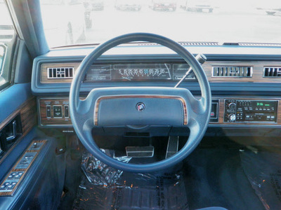 buick electra 1988 silver sedan park avenue gasoline v6 front wheel drive automatic with overdrive 55124