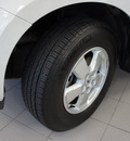 ford escape 2010 white suv xlt gasoline 4 cylinders front wheel drive automatic 76108