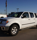 nissan frontier 2009 white se v6 gasoline 6 cylinders 2 wheel drive automatic with overdrive 76018