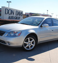 nissan altima 2004 silver sedan 3 5 se gasoline 6 cylinders front wheel drive automatic 76018