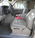 chevrolet suburban 2005 beige suv 1500 lt flex fuel 8 cylinders 4 wheel drive automatic 43228