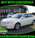 toyota avalon 2005 off white sedan xls gasoline 6 cylinders front wheel drive automatic 33021