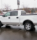 ford f 150 2005 white pickup truck supercrew xlt 4x4 8 cylinders 4 wheel drive automatic 55124