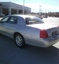 lincoln town car 2007 light green sedan signature limited flex fuel 8 cylinders rear wheel drive automatic 75503