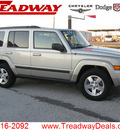 jeep commander 2008 lt  gray suv sport gasoline 6 cylinders 4 wheel drive automatic 45840