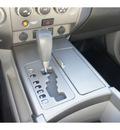 nissan titan 2004 gray se gasoline 8 cylinders rear wheel drive automatic 77388