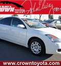 nissan altima 2009 white sedan 2 5 s gasoline 4 cylinders front wheel drive automatic 91761