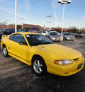 ford mustang 1998 yellow coupe gasoline v6 rear wheel drive automatic with overdrive 60546