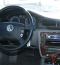 volkswagen passat 2001 gold wagon glx v6 gasoline 6 cylinders front wheel drive automatic 80229
