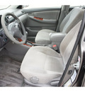toyota corolla 2004 gray sedan le gasoline 4 cylinders front wheel drive automatic 77388