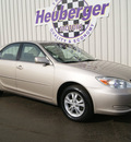 toyota camry 2004 desert sand sedan le v6 gasoline 6 cylinders front wheel drive automatic 80905