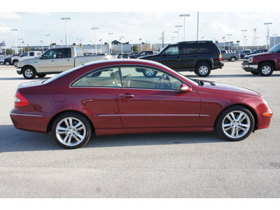 mercedes benz clk class 2006 dk  red coupe clk350 gasoline 6 cylinders rear wheel drive shiftable automatic 77388