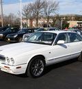 jaguar xj series 1999 white sedan xj8 gasoline v8 rear wheel drive automatic 07730