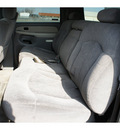 chevrolet suburban 2001 white suv 2500 ls gasoline 8 cylinders rear wheel drive automatic 77388