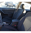 kia forte koup 2012 lt  gray coupe ex gasoline 4 cylinders front wheel drive automatic 99336