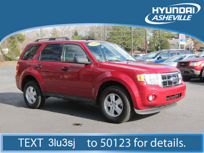 ford escape 2010 red suv xlt 2wd gasoline 4 cylinders front wheel drive automatic with overdrive 28805