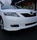 toyota camry 2009 white sedan se v6 gasoline 6 cylinders front wheel drive automatic 45005