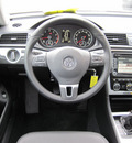 volkswagen passat 2012 dk  red sedan se gasoline 5 cylinders front wheel drive 5 speed manual 46410