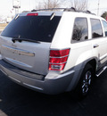 jeep grand cherokee 2009 silver suv laredo gasoline 6 cylinders 4 wheel drive automatic 14221
