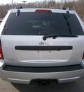 jeep grand cherokee 2009 silver suv laredo 6 cylinders automatic 13502