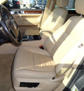 volkswagen touareg 2008 dk  gray suv 2 awd gasoline 6 cylinders all whee drive automatic with overdrive 60462