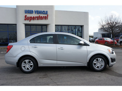 chevrolet sonic 2012 silver sedan ls gasoline 4 cylinders front wheel drive automatic 46168