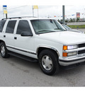 chevrolet tahoe 1997 white suv gasoline 8 cylinders 4 wheel drive 4 speed automatic 77388