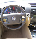 volkswagen touareg 2 2009 white suv vr6 fsi gasoline 6 cylinders all whee drive automatic 46410