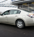 nissan altima 2009 tan sedan 2 5 s gasoline 4 cylinders front wheel drive automatic 60411